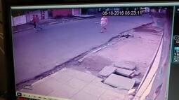 Polícia divulga imagens de suspeitos de matar comissário