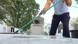 Agentes intensificam combate de criadouros do Aedes aegypti em cemitério de Araçatuba