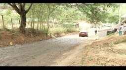 Calendário: Moradores do Bairro Mangueira, em Fabriciano, reclamam da qualidade do asfalto
