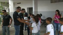 Crianças visitam Central de Polícia em Campina Grande