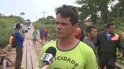 Moradores do Quixadá fecha via de acesso em protesto por revitalização de pontes