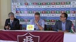 Abel Braga é apresentado como novo técnico do Fluminense