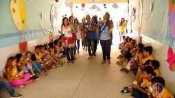 200 voluntários de uma comunidade católica promovem ação social em escola de Natal