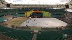 Festival de Verão: montagem do palco entra nos últimos detalhes; artistas comentam