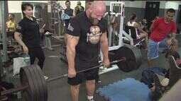 São Vicente recebe atletas do Strongman