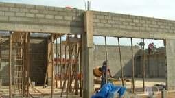 Construção de galpão anima agricultores de Santa Isabel