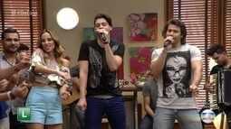 Munhoz e Mariano cantam 'Camaro Amarelo'