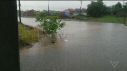 Chuva provoca deslizamemtos em Eldorado