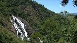 Parque Estadual da Cachoeira da Fumaça atrai turistas no sul do ES