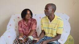 Campanha tenta ajudar casal de haitianos que mora em Varginha pra trazer filhos ao Brasil