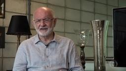 Sílvio de Abreu comenta a evolução profissional de Cláudia Raia