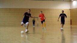 Seleção brasileira de futsal faz inter-temporada em Barcelona