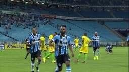 Grêmio vence o Ypiranga no Gaúcho e o Vitória é líder do Campeonato Baiano