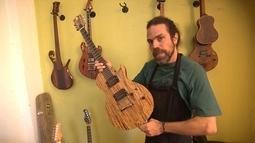 Luthier usa madeiras diferentes para criar instrumentos com sons incríveis