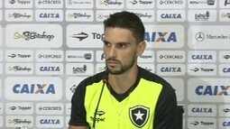 """Rodrigo Pimpão: """"Fico feliz em poder ajudar o Botafogo num momento tão importante"""""""