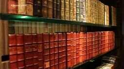 Destaque VM visita a biblioteca de acervos especiais da Unifor