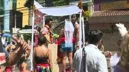 Bloco Suvaco do Cristo desfila pelas ruas do Jardim Botânico