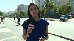 Primeiro fim de semana com Forças Armadas no Rio é de sol forte e ruas lotadas de foliões