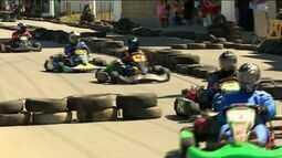 Circuito de verão de kart atrai turistas a Marataízes, ES