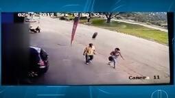 Homem é atingido por uma roda que soltou de um veículo na BR-381 em Ipatinga