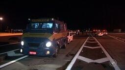 Quadrilha que atacou carros-fortes em Itupeva deixou dinamites em carro de policial