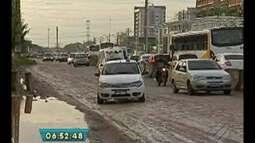 Após denúncia, buracos de trecho na avenida Augusto Montenegro são tampados