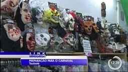 Lojas estão cheias de novidades para o carnaval