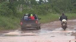 Moradores criticam condições de estrada na cidade de Autazes, no AM