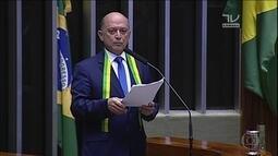 Temer cria cargo de líder da maioria na Câmara e Lelo Coimbra assume