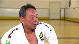 """Técnico da seleção, Luiz """"Jun"""" Shinohara é o personagem do quadro """"O Sensei"""""""