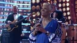 Dionne Warwick interpreta 'That's what friends are for'