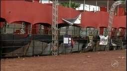Morador transmite ao vivo queda de camarote em show sertanejo em Arandu