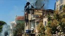 Incêndio consome sobrado em Santa Teresa, no centro do Rio