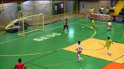 Veja como foi o começo da semana na Copa TV Grande Rio de Futsal