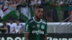 Confira os preços dos atacantes Borja, Grafite e Rodrigo Pimpão no Cartola FC