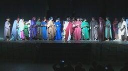 Mais de 200 pessoas fazem parte de peça de teatro sobre a Paixão de Cristo em Ariquemes