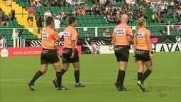 Avaí e Chapecoense solicitam três árbitros para sorteio; Taça já está na sede da Federação