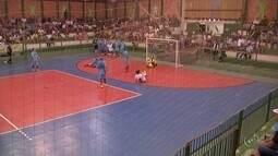 Paranapanema e São Miguel Arcanjo ficam no empate pela semifinal da Copa TV TEM de Futsal