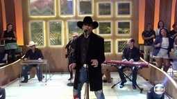 Eduardo Araújo canta 'Muito Sobre a Vida'