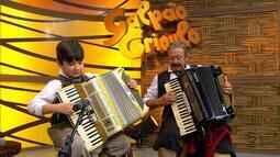 Thomas Machado e Gildinho cantam no 'Galpão Crioulo' (bloco 1)