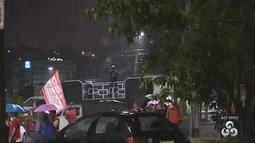 Manifestantes fazem ato no Distrito Industrial de Manaus