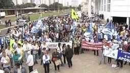 Manifestantes protestam em Rio Preto contra reforma trabalhista