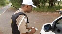 Polícia faz fiscalizações nas estradas do Norte de Minas durante feriado prolongado