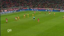 Top 10 Golaços na Liga dos Campeões da Uefa: Robben (Bayern de Munique)