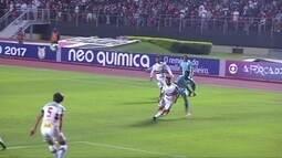 Melhores momentos de São Paulo 2 x 0 Avaí pela 2º rodada do Campeonato Brasileiro