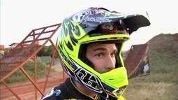 Piloto cearense concorre a vaga para campeonato de motocross