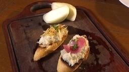 Veja como fazer receita de bacalhau em que queijo de cabra é principal ingrediente