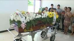 Maranhenses vítimas de acidente na Argentina são enterrados em São Luís