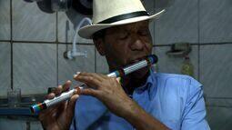 Artista alagoano natural de Boca da Mata leva a sonoridade do pífano para o mundo