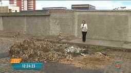 Galeria de água pluvial no bairro da Palmeira deixa moradores preocupados